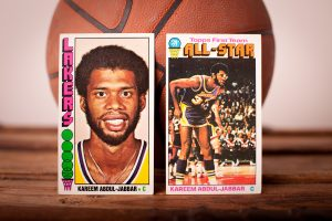1976-77 Topps Kareem Abdul-Jabbar Cards